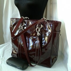 Coach Large Shoulder Tote Burgundy Patent Leather